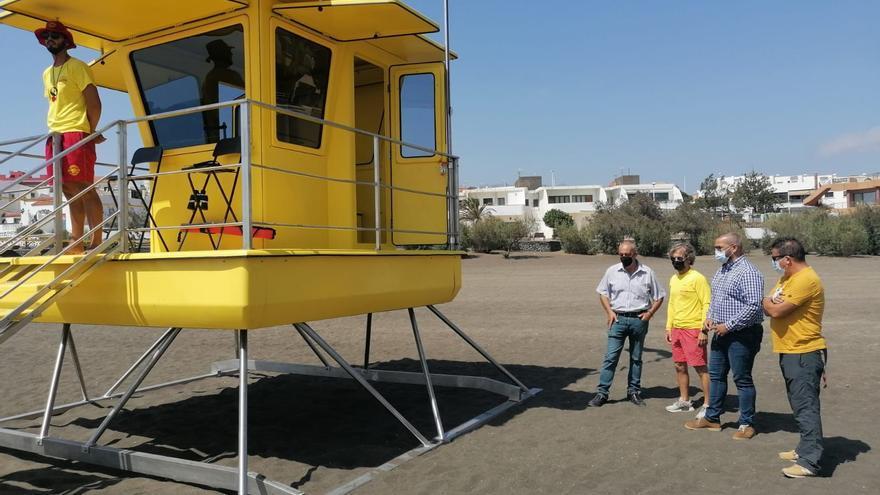 Una nueva torre de vigilancia vela por la seguridad en la playa de La Garita