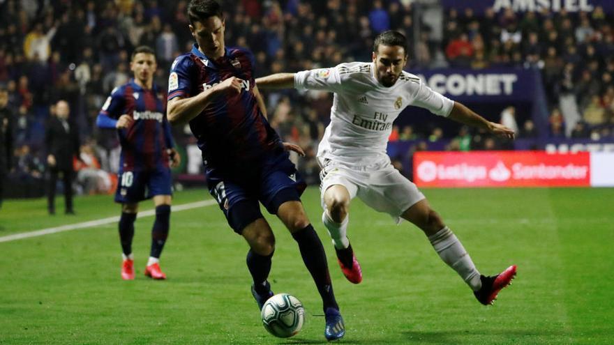 Vukcevic agarra el timón de mando en el Levante UD