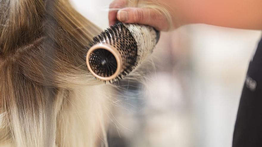 Empresa de l'Alt Empordà ofereix feina d'oficial de perruqueria