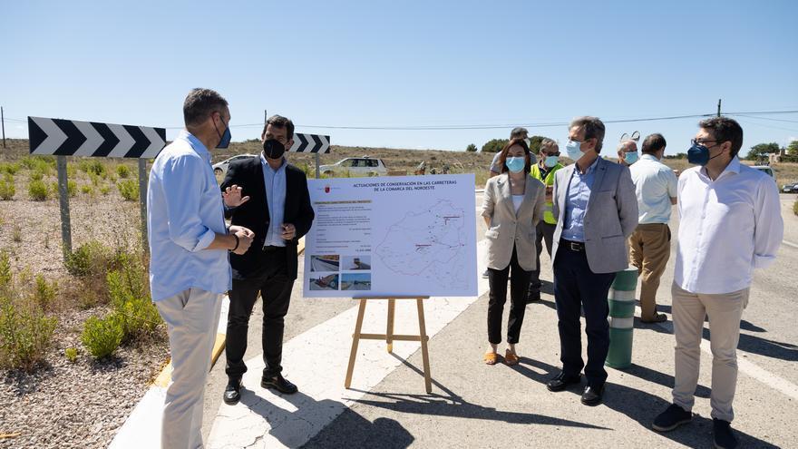 La Comunidad invertirá más de 12 millones en la mejora de 30 carreteras del Noroeste
