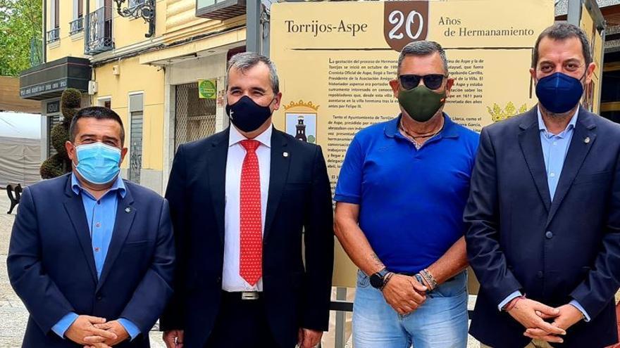 """Aspe y Torrijos """"andando"""" por un reto solidario"""