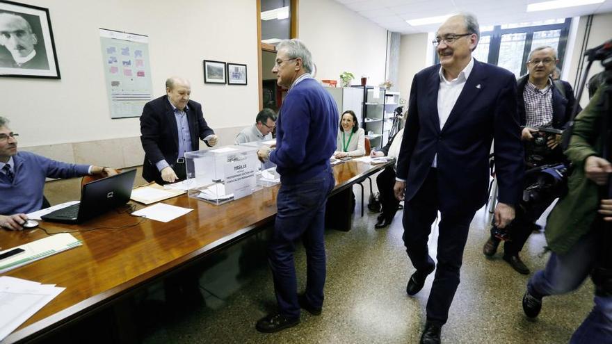 La Universidad decide el lunes si las elecciones son presenciales u online