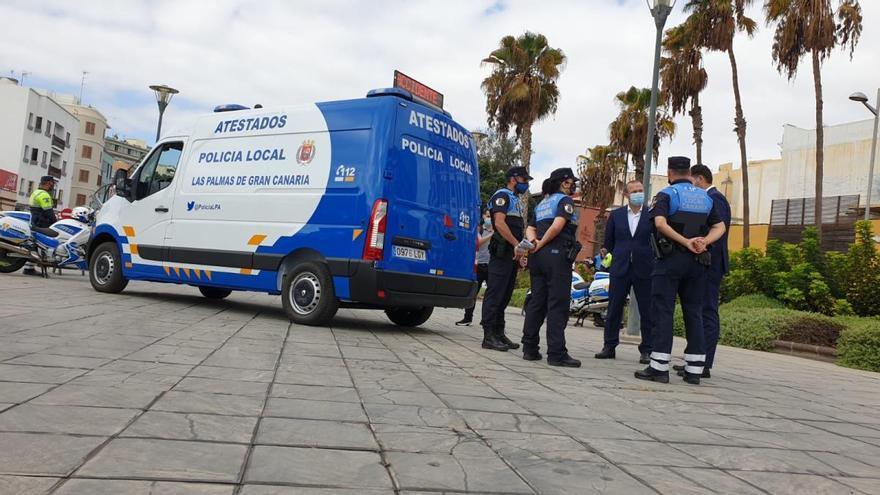 El Ayuntamiento amplía la flota de la Policía Local con un nuevo furgón de atestados