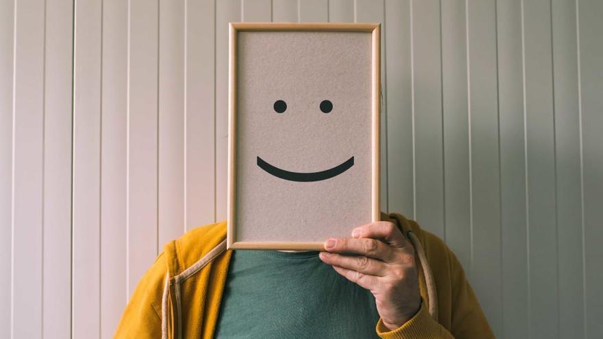 Las personas optimistas ayudan a mejorar la salud de sus parejas