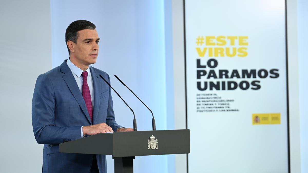 Pedro Sanchez, Ministerpräsident von Spanien, verkündet bei einer Pressekonferenz im Moncloa-Palast geplante Änderungen in der spanischen Regierung.
