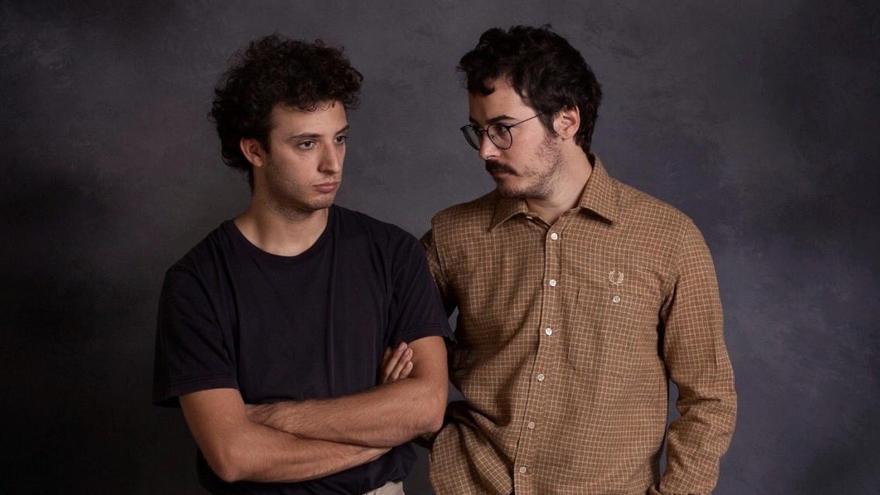 L'Acústica suspèn el concert de Cala Vento per l'aïllament d'un dels membres del duo