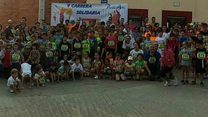 300 participantes en la carrera por la donación de médula ósea en Bretó de la Ribera