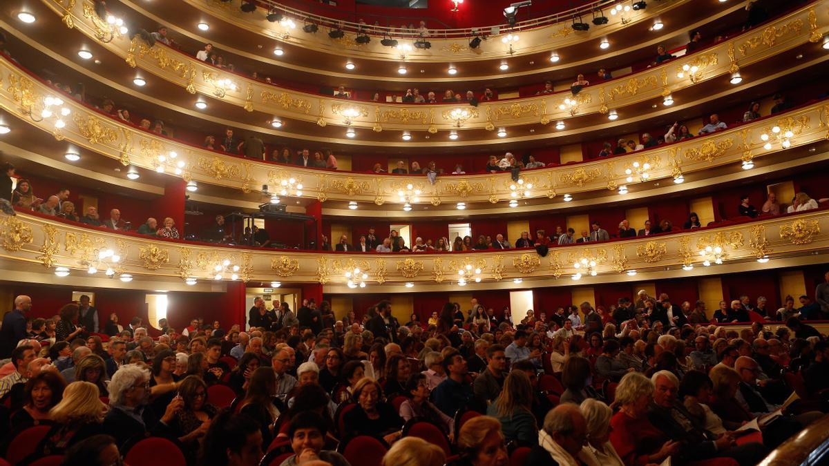 Imagen de archivo de público en el Teatre Principal.
