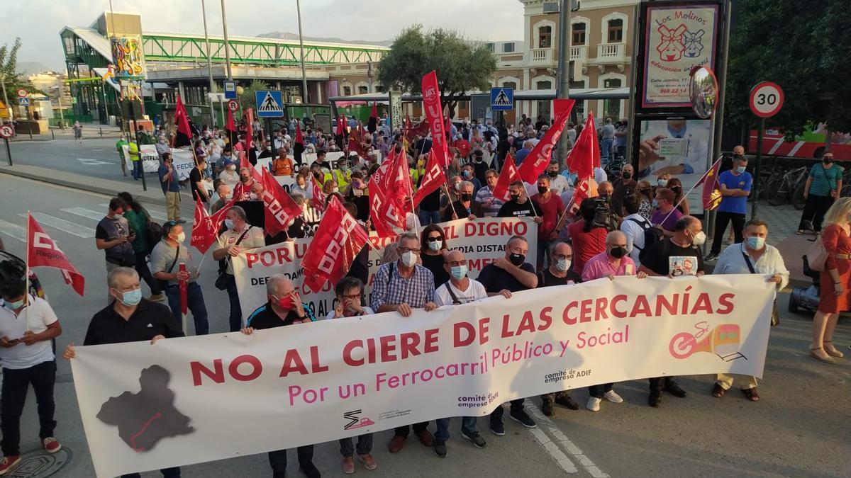 Un momento de la marcha a su salida, en El Carmen.