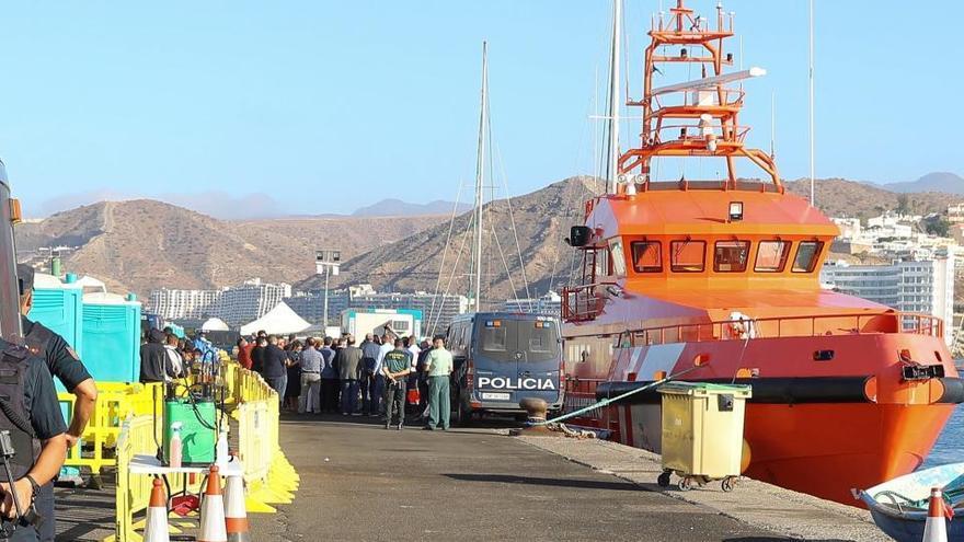 Canarias recibe 1.105 migrantes en 36 horas