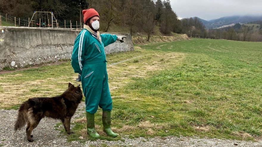 Exigeixen 70.000 euros a un ramader per poder circular per un camí i arribar al seu mas