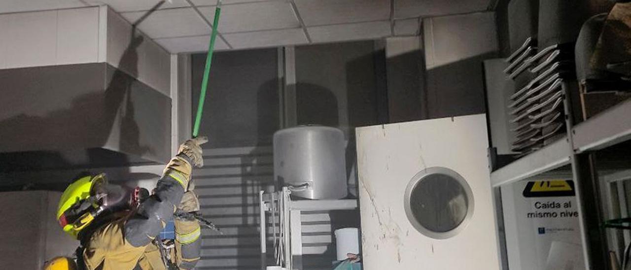 Incendio extinguido en la cocina del Hospital del Vinalopó, Elche