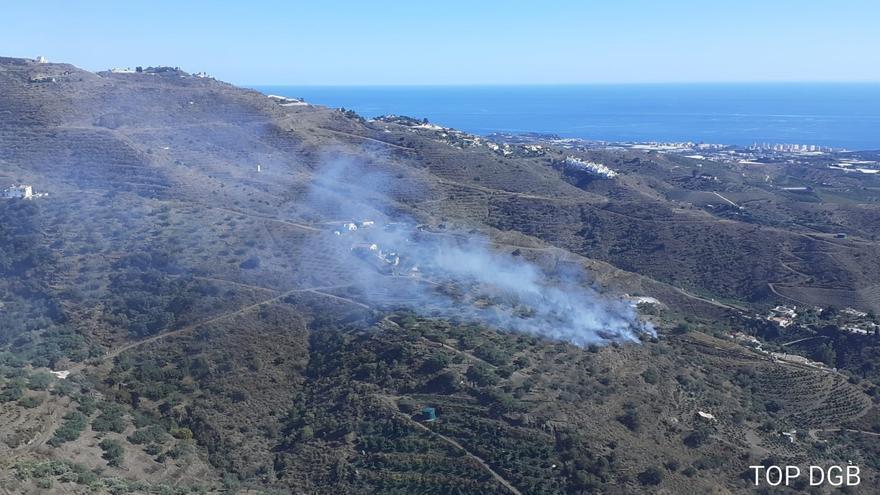 Controlado el incendio forestal del paraje Río Seco de Arenas