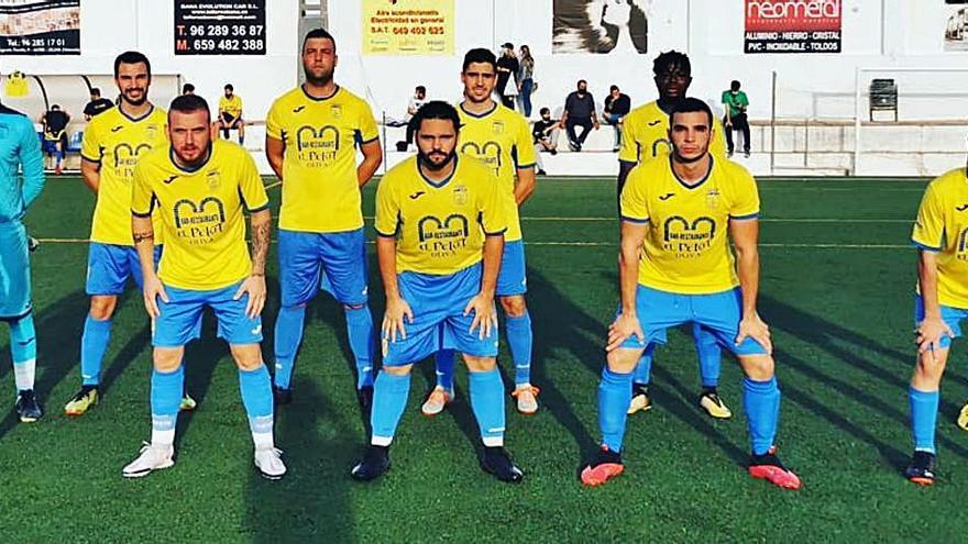 CE Conde y Villalonga CF colideran la 2ª regional amater