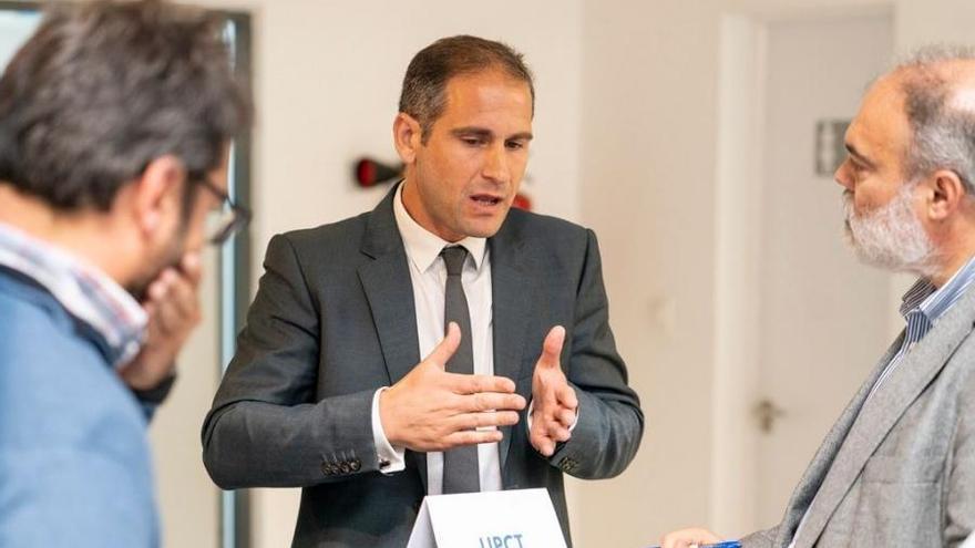 Javier Prior explica su proyecto para detectar precozmente enfermedades utilizando diamantes