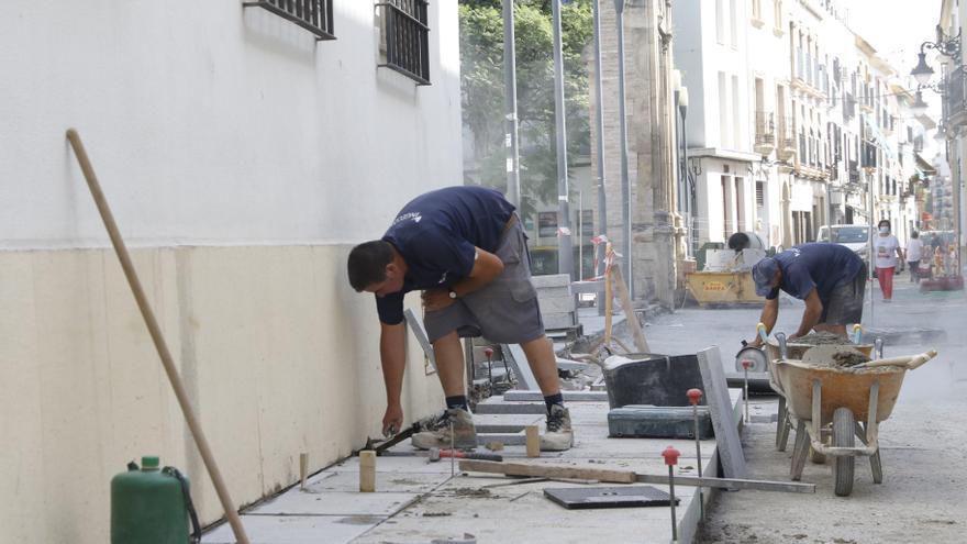Las obras del eje Realejo-San Lorenzo se alargarán hasta octubre