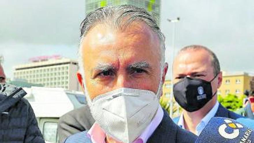 """Torres: """"No es tiempo de inestabilidad política ni de mociones de censura"""""""