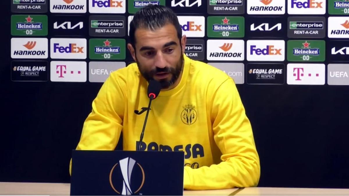 Raúl Albiol, durante la rueda de prensa telemática del Villarreal CF previa al partido ante el Dinamo de Zagreb.