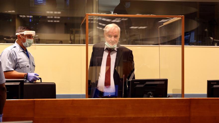 La Corte Penal Internacional decide este martes el destino del carnicero de Los Balcanes