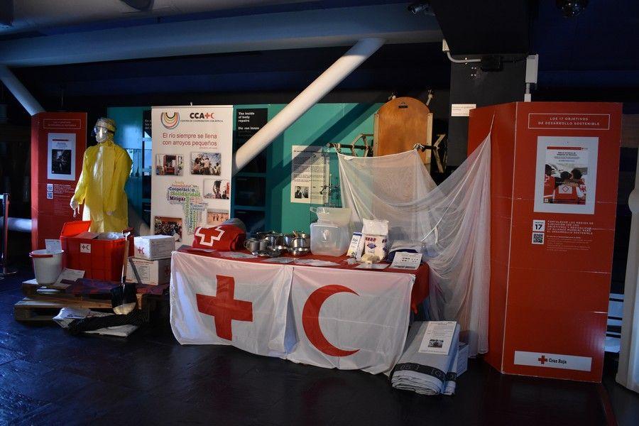 Exposición de Cruz Roja en el Museo Elder
