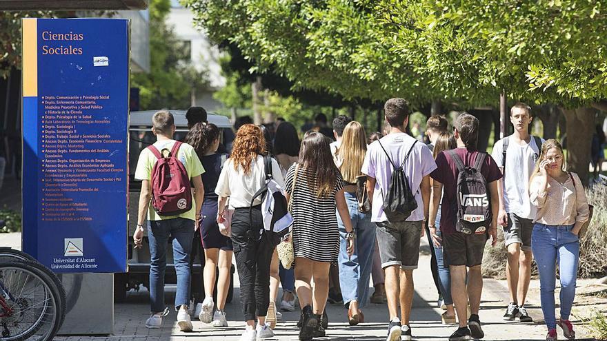 Las becas salario se amplían a los universitarios de todos los cursos