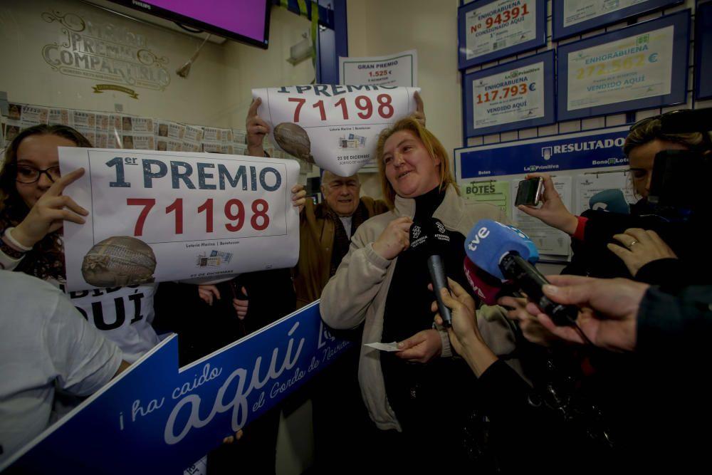 Primer premio de la lotería nacional en Benetússer. Fernando Bustamante