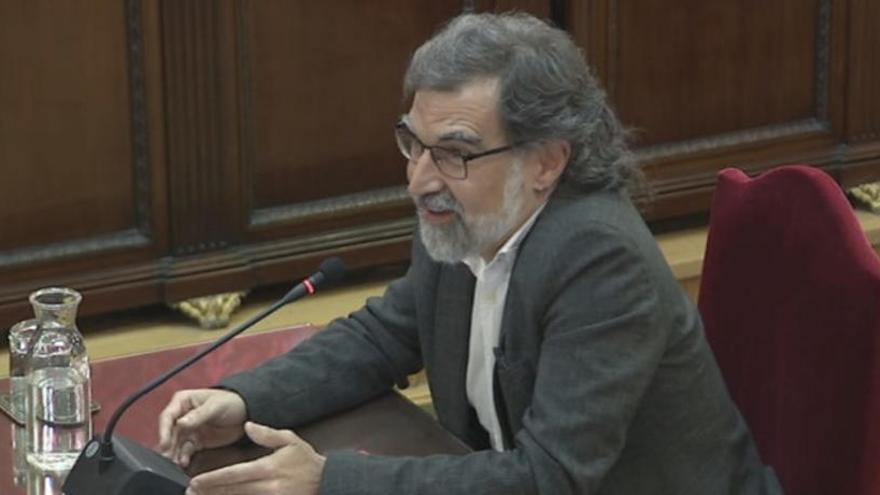 Amnistia Internacional s'adreça a la fiscalia per demanar la llibertat de Cuixart i Sànchez