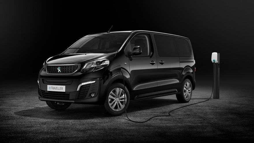 El nuevo Peugeot e-Traveller llega a España y estos son sus precios