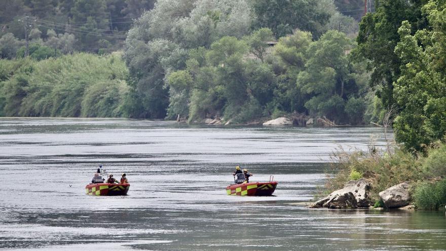 Hallado el cadáver del chico de 15 años desaparecido cuando hacía kayak en el Ebro en Miravet