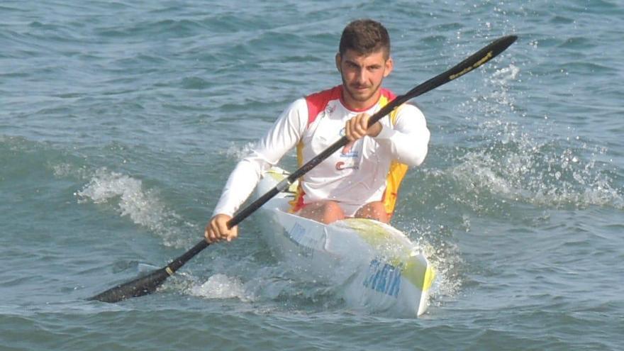 Jorge Enríquez hace historia en el Mundial de surfski