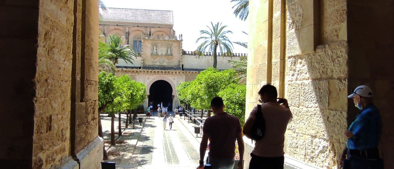 Turistas en la Mezquita de Córdoba.