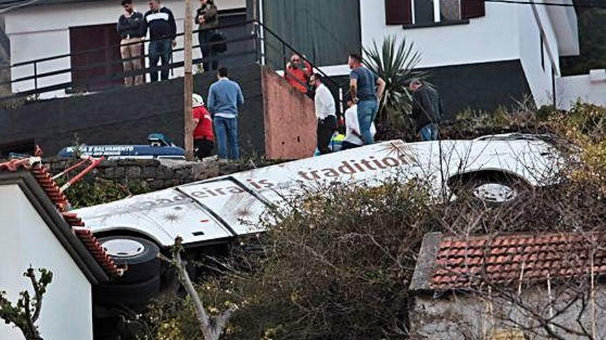 Portugal Almenys 28 morts en un accident d'un autobús turístic a Madeira