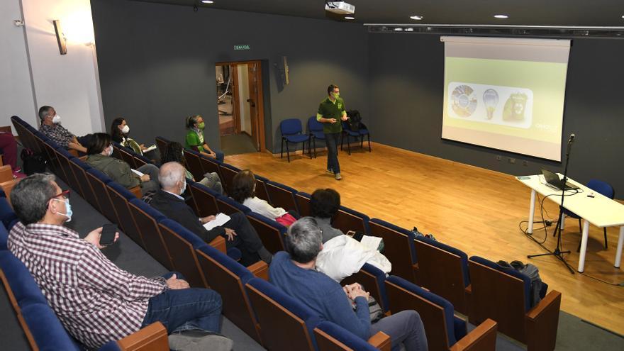 Segundo taller sobre ahorro en la factura de la luz y sostenibilidad de la Oficina Verde de Paiporta