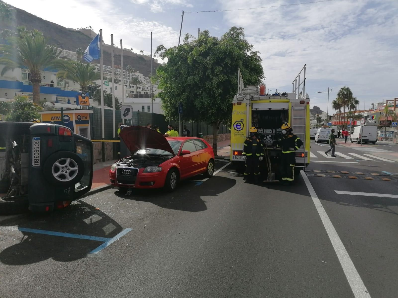 Accidente en Av. Tomás Roca Bosch