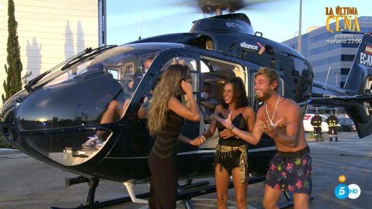 El helicóptero en el que llegaron Olga Moreno y Tom Brusse a Madrid