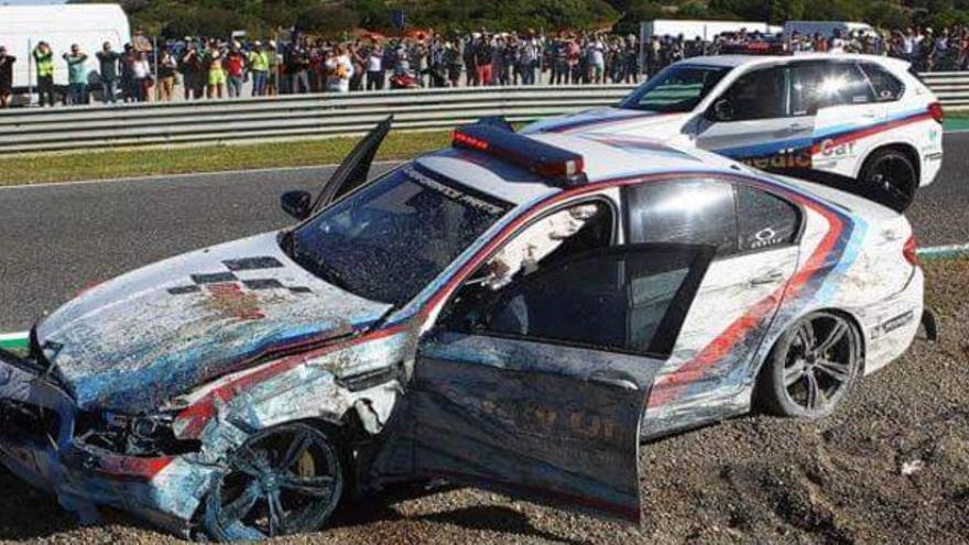 Así quedó el 'safety car' tras estrellarse en el circuito de Jerez