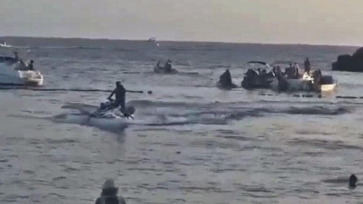 Multan a 10 personas al poner en riesgo a bañistas en Puerto Rico y por altercados