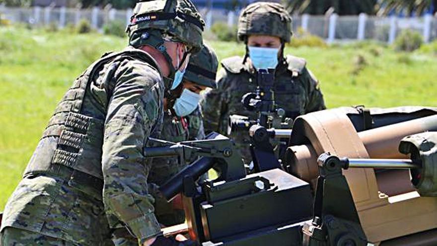 Ejercicios de tiro tras la operación 'Balmis'
