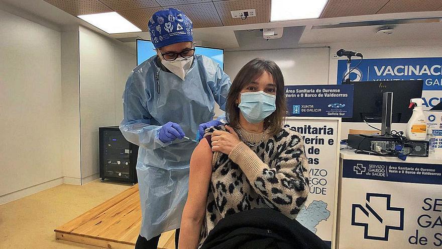 """Segunda jornada de vacunación a sanitarios: """"Hay una gran acogida"""""""