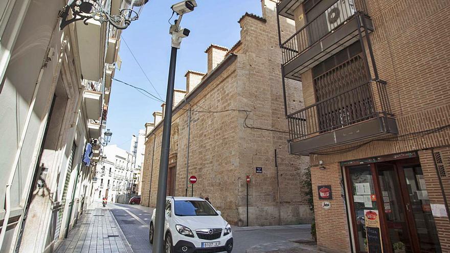L'empresariat tem la mort de Ciutat Vella amb el tancament del trànsit