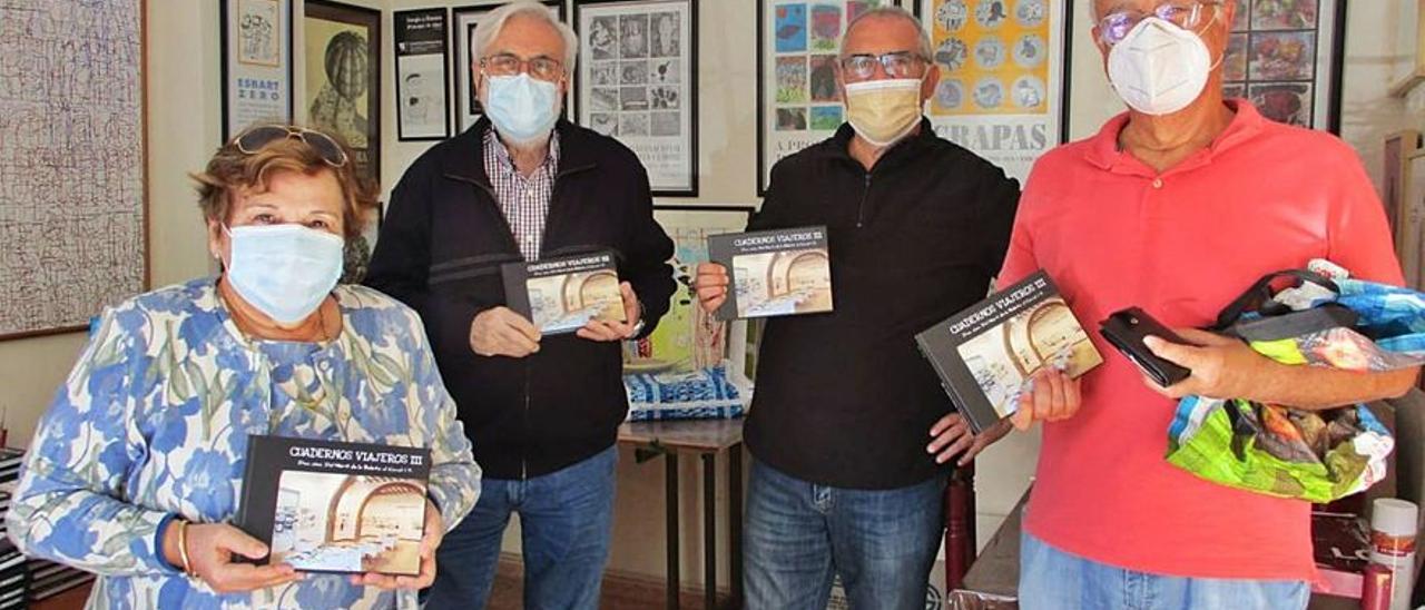 Compañeros de «Cuadernos Viajeros» durante la pandemia.