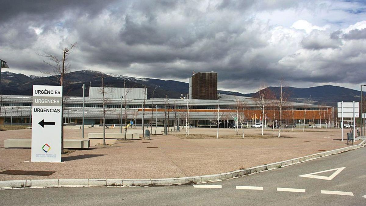 Una imatge exterior de l'Hospital de  Cerdanya