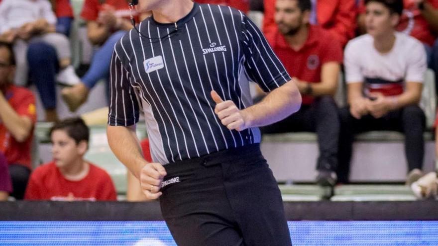 El árbitro murciano Luismi Castillo, seleccionado para el NBA Summer Camps 2019