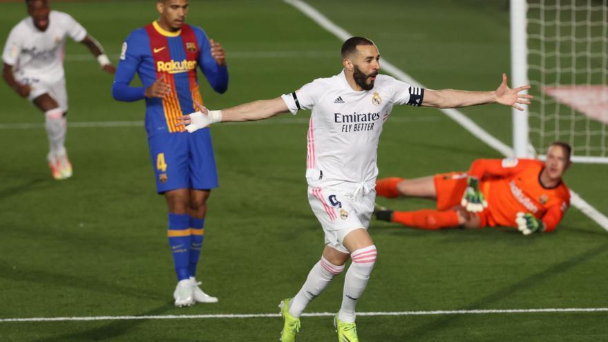 El Real Madrid derrota al Barça en Valdebebas y duerme líder (2-1)