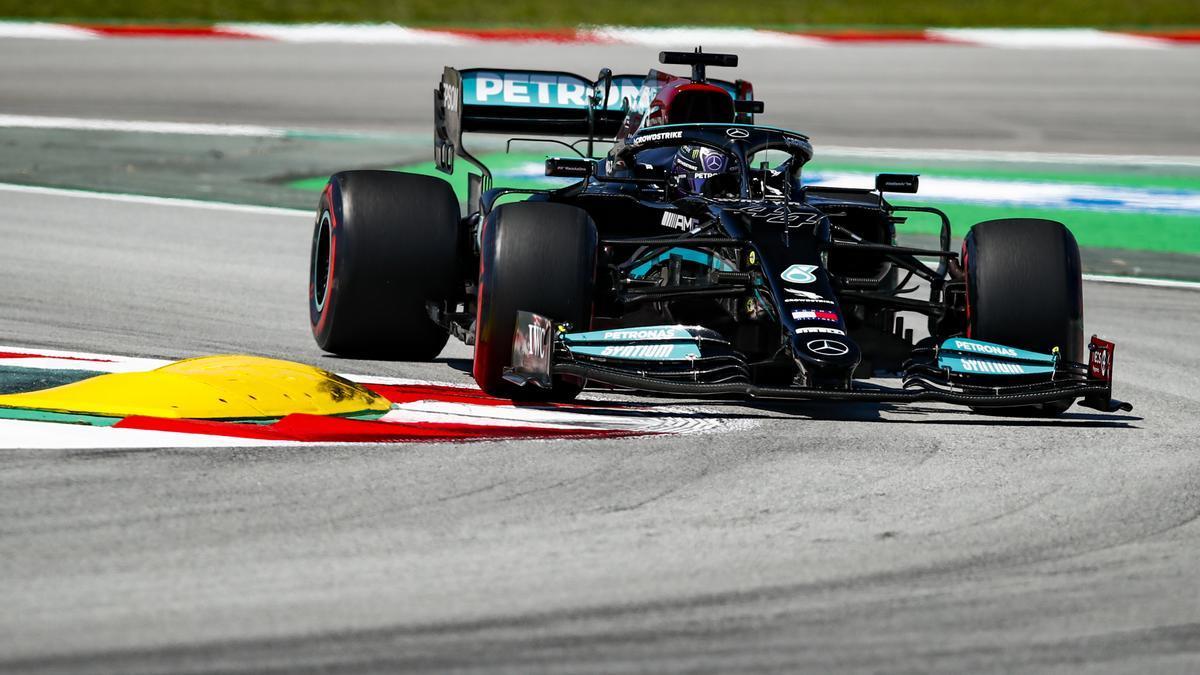 El piloto de Mercedes Lewis Hamilton.