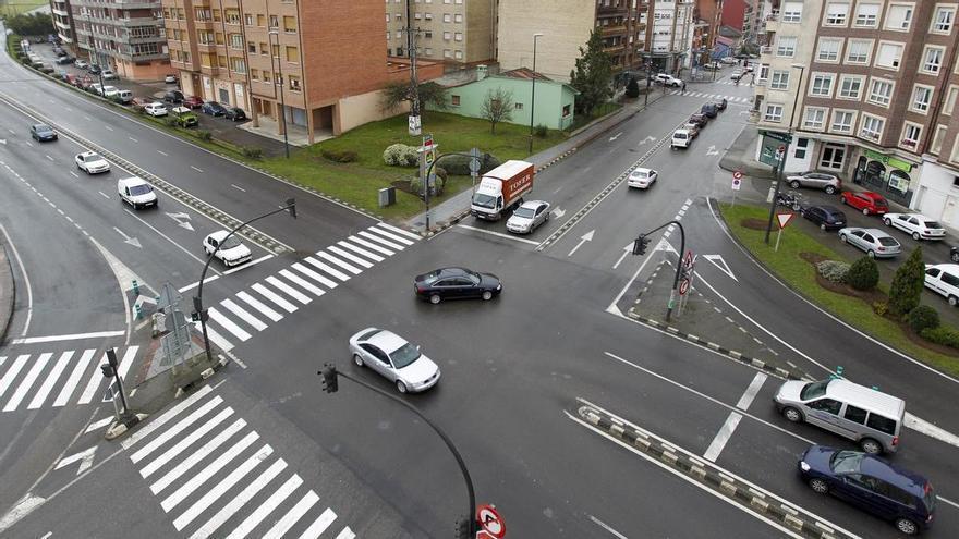 Detenido un hombre que paró el coche en plena calle de Meres para agredir a la mujer que le acompañaba