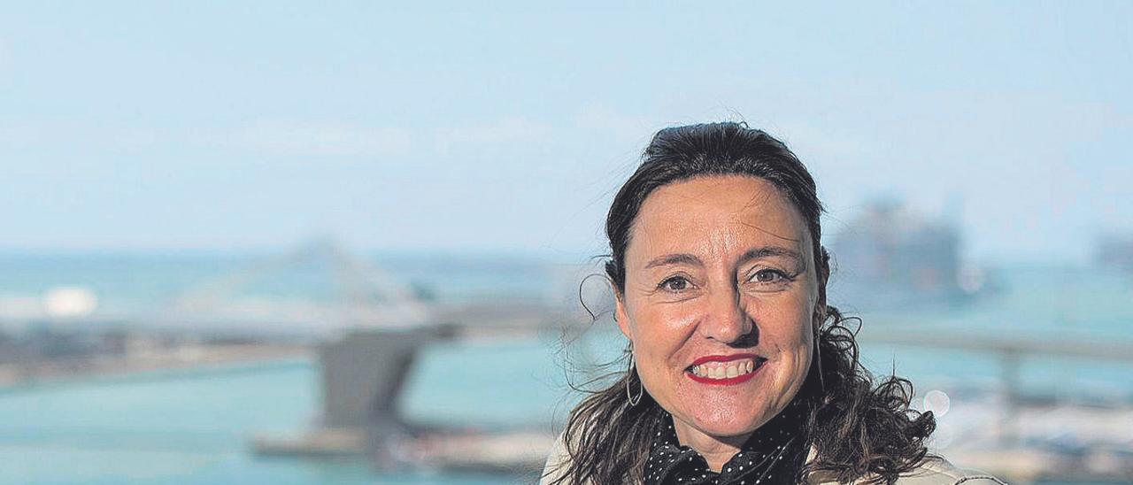 Mercè Conesa, presidenta del Port de Barcelona, fotografiada en su despacho en el WTC.