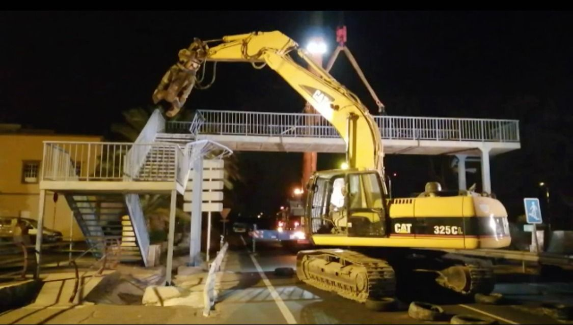 Desmontan la pasarela de Juan Grande