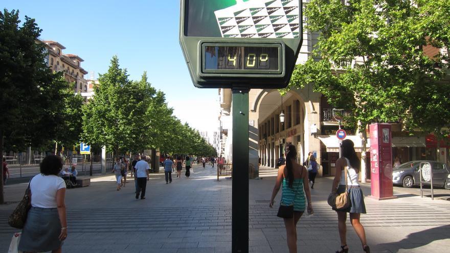España sufre una ola de calor que superará los 44 grados de día y los 25 de noche