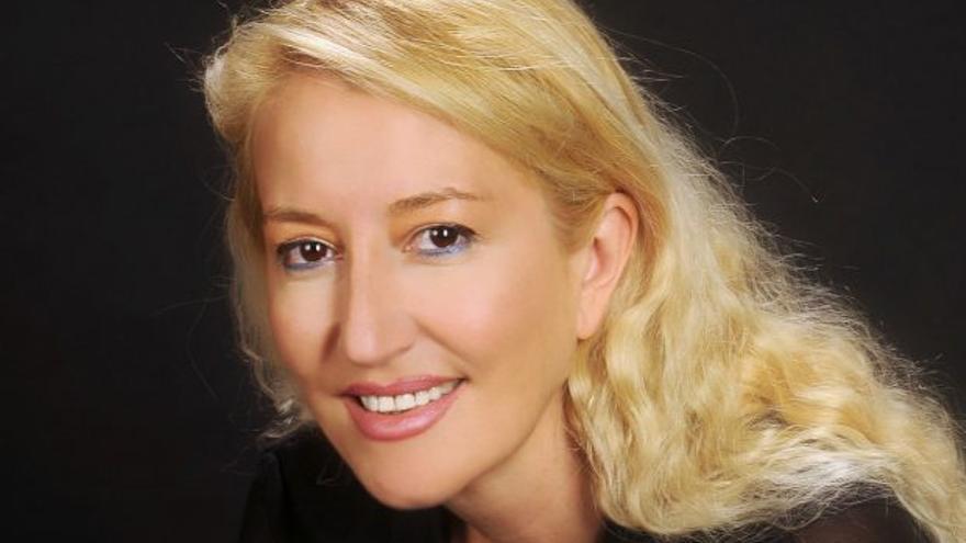 Isabel Abenia abre la primera edición de Un Aragón de novela